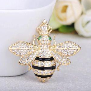 🌟N E W🌟Rhinestones Bee Brooch